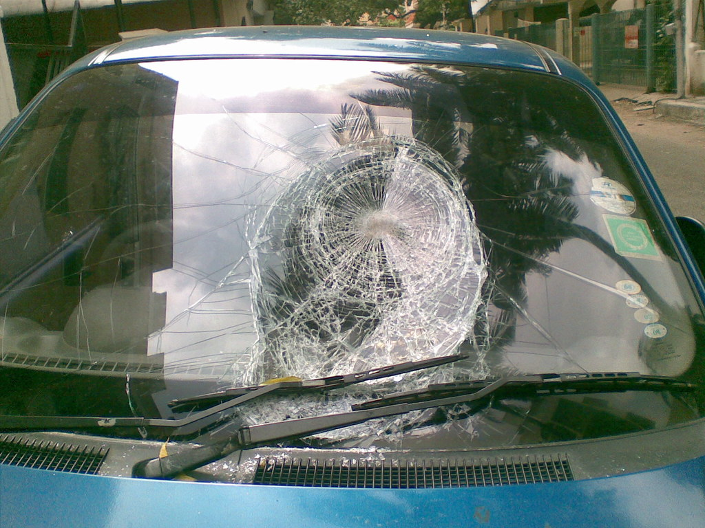 What To Do If You Have a Damaged Windshield